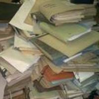 Dokumentumok hegyén-hátán